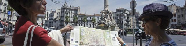 castellane-fontaine-visite-guide-micaleffotcm.jpg