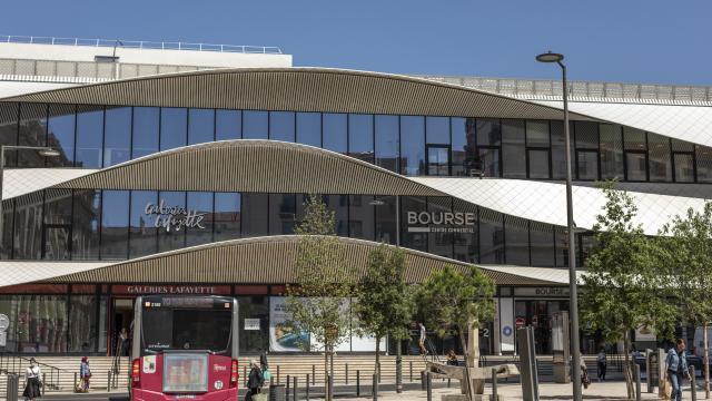 Facade du Centre Commercial, Centre Bourse à Marseille