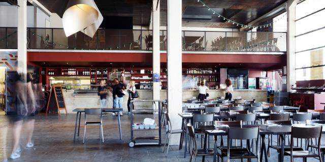 Friche Belle de Mai Marseille, salle de restaurant