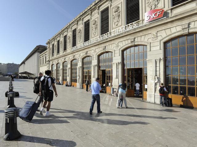 Exterieur de la Gare Saint-Charles à Marseille