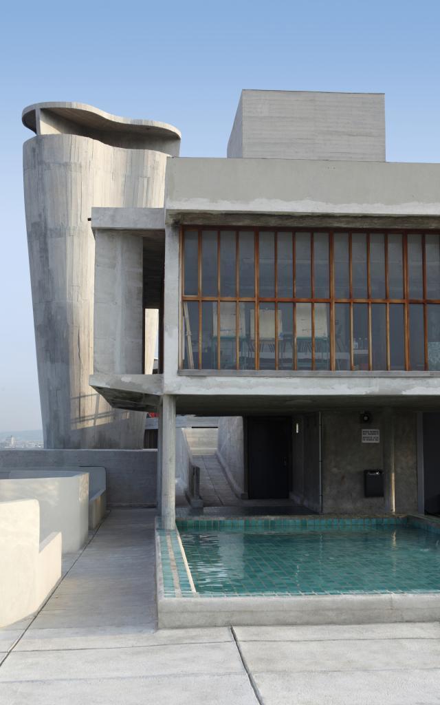 Le Corbusier, Vue Toit Terrasse sur Piscine Marseille
