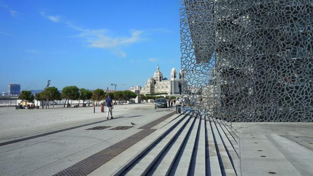 Esplanade du Mucem et Nouvelle Major à Marseille