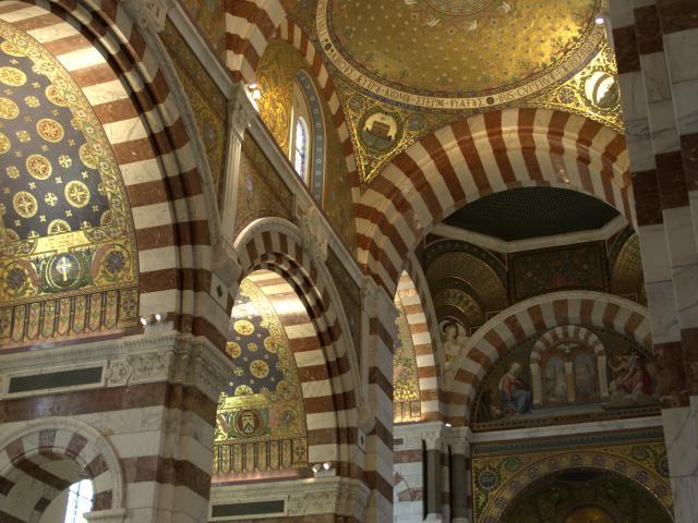 nddg-interieur-nef-et-chapelles-laterales-otcm.jpg