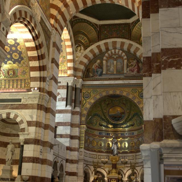 Notre Dame de la Garde à Marseille, nef centrale
