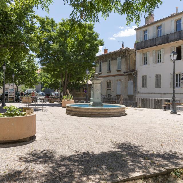 quartier du Panier à Marseille, Place des Moulins