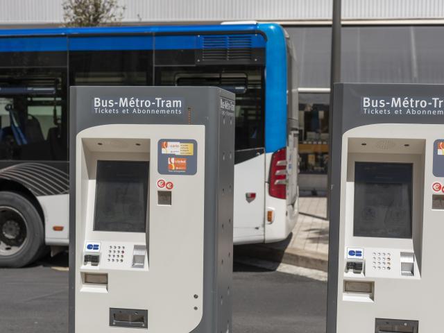 Bornes tickets RTM, réseau de transports en commun à Marseille