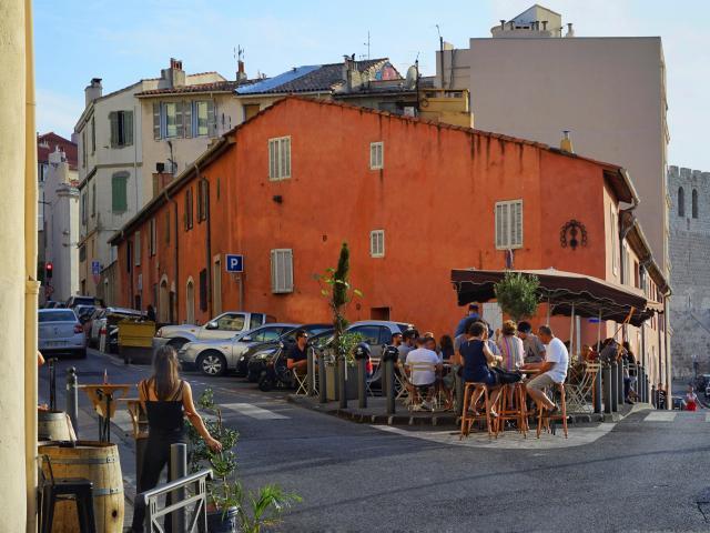 Quartier de l'Abbaye St Victor, Terrasse du Café de l'Abbaye à Marseille