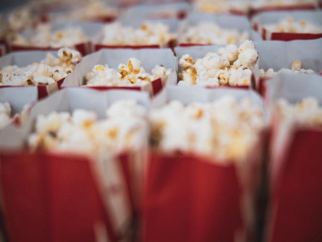 Pop corn pour séance au cinéma