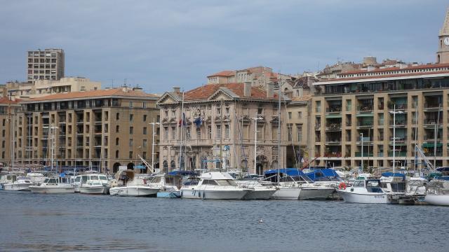 Marseille Hotel de ville@pixabay