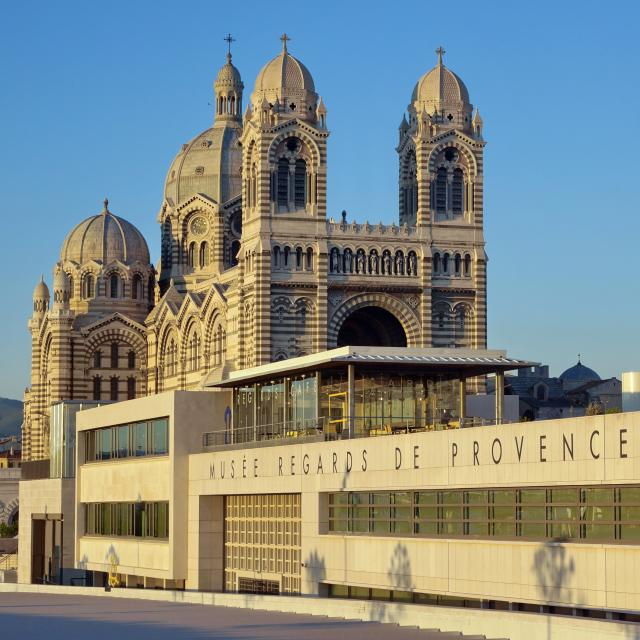 Musee Regards De Provence et Cathédrale de la Nouvelle Major
