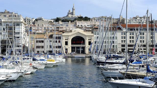 Theatre La Criée et vieux-port à Marseille