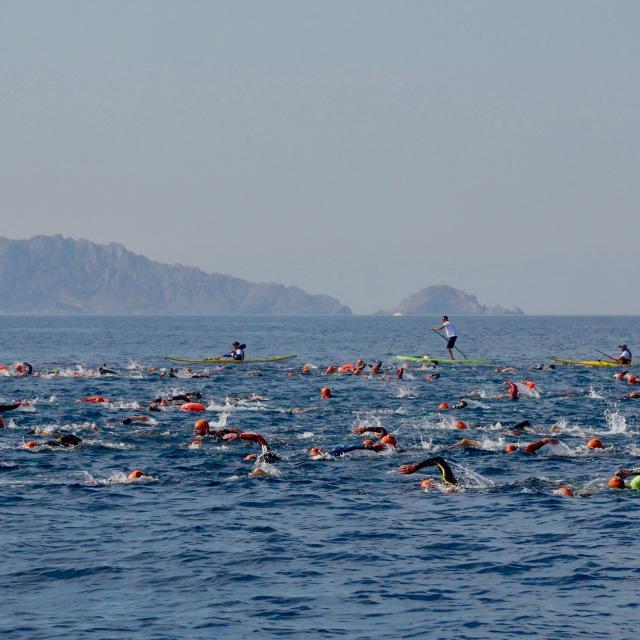 Nageur du Défi de Monte Cristo à Marseille