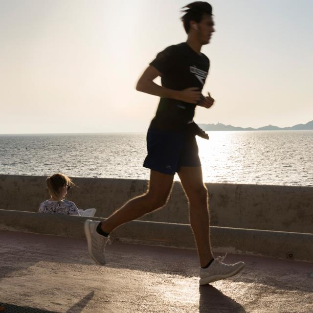 corniche-course-running-coucher-de-soleile-lamy-.jpg