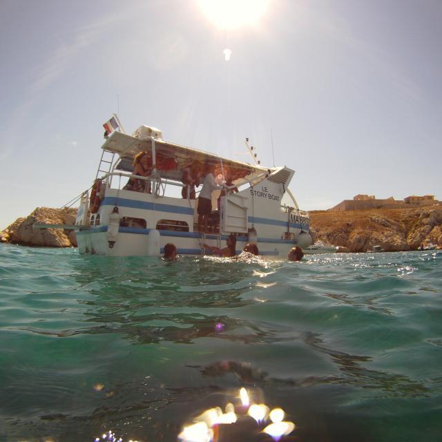 iles-du-frioul-balade-en-bateau-localanque-baignade-jorengootcm-1.jpg