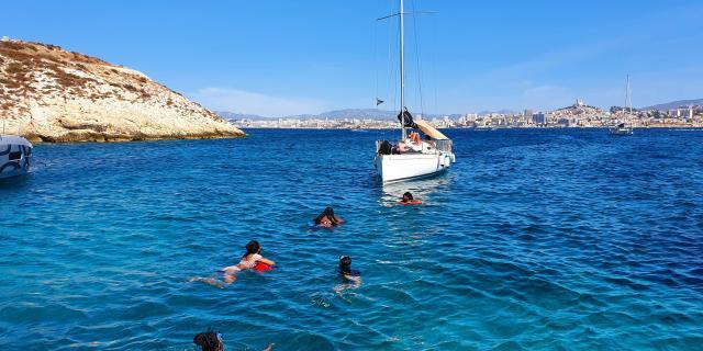Balade et baignade dans les îles du Frioul