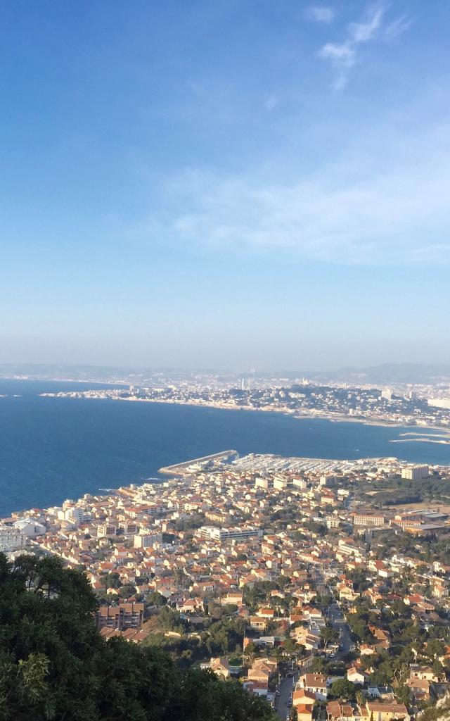 vue de la ville de Marseille depuis le Parc de Luminy