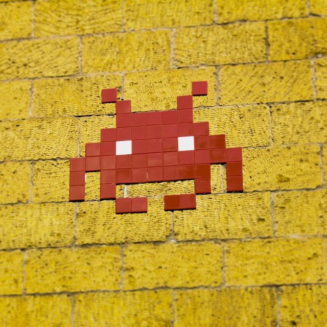 space-invadersf-ungaropexels-e1601569381796.jpg