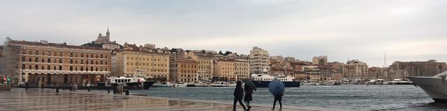Vieux-Port sous la pluie