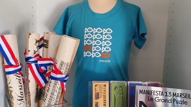 Boutique de l'Office de Tourisme de Marseille, produits