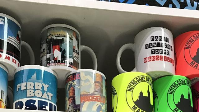 Boutique de l'Office de Tourisme de Marseille, Mugs