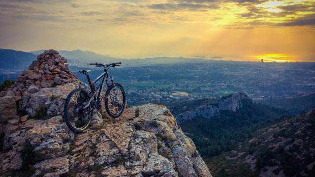 vélo sur le massif du garlaban
