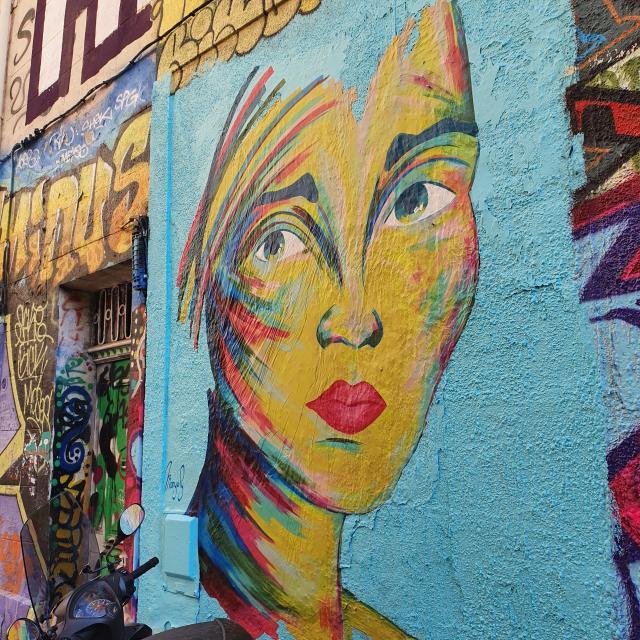 Street-art au cours Julien à Marseille