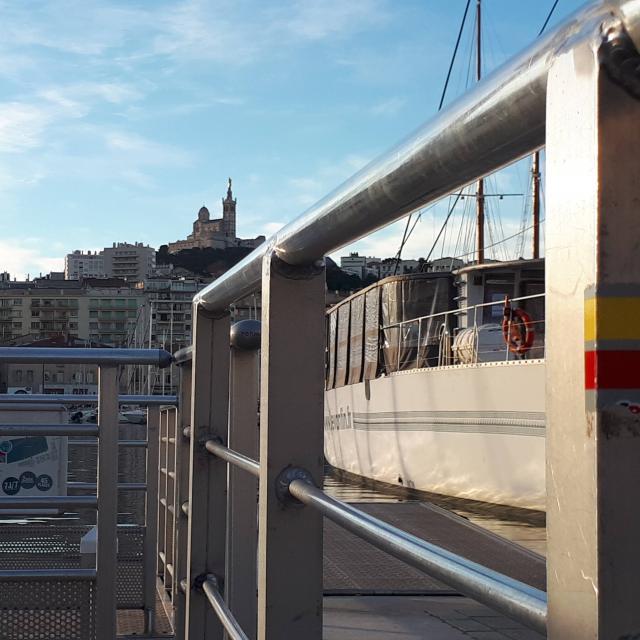 Marquage du GR 2013 sur le vieux port