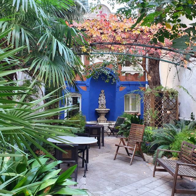 Jardin intérieur hotel ryad marseille