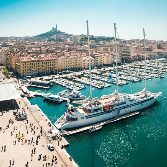 Vieux Port, Yacht Luxe©shutterstock