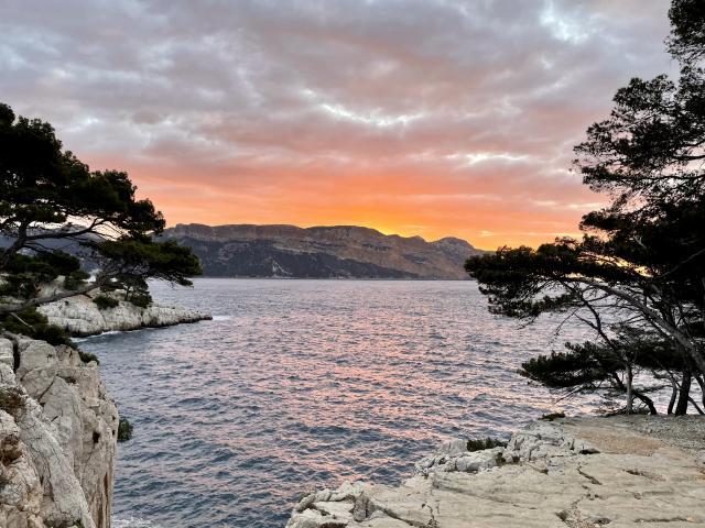 Lever De Soleil dans le Parc National Des Calanques