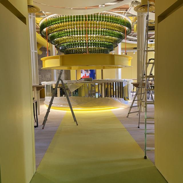 Mx Musée Du Pastis bar jaune en travaux @ctotcm