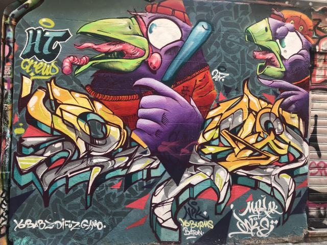graffitis dans le quartier du Cours-Julien à Marseille