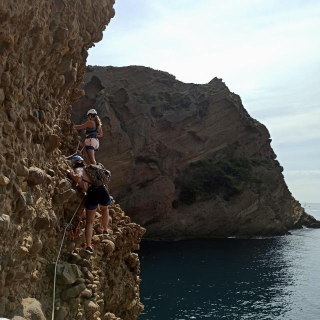 parcours-aventure-trou-souffleur-escalade-la-ciotat-joomtcm-68.jpeg