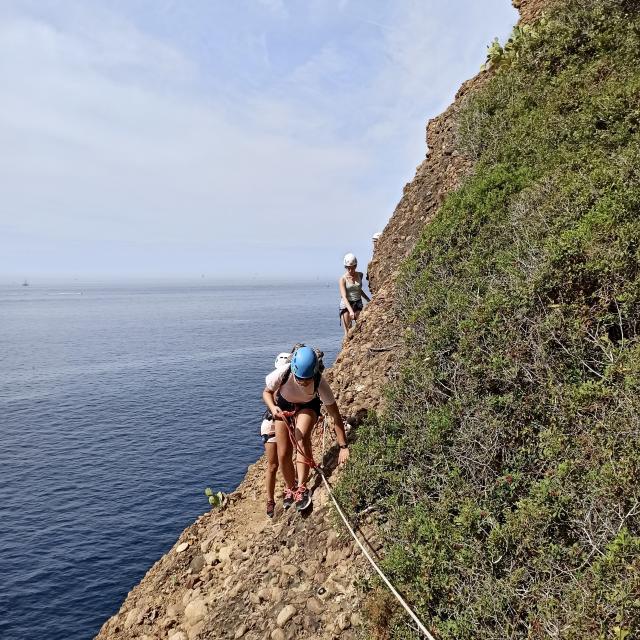 parcours-aventure-trou-souffleur-escalade-la-ciotat-joomtcm-76.jpeg